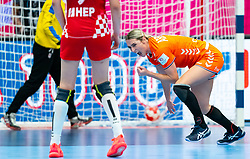 Lois Abbingh of Netherlands during the Women's EHF Euro 2020 match between Croatia and Netherlands at Sydbank Arena on december 06, 2020 in Kolding, Denmark (Photo by RHF Agency/Ronald Hoogendoorn)