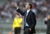 Fotball<br /> Frankrike 2003/04<br /> Lyon v Bastia<br /> 12. mai 2004<br /> Foto: Digitalsport<br /> NORWAY ONLY<br /> <br /> PAUL LE GUEN (LYON COACH)