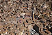 Foto  Marco Alpozzi/LaPresse <br /> 20 maggio 2021 Italia<br /> Sport Ciclismo<br /> Giro d'Italia 2021 - edizione 104 - Tappa 12 - Da Siena a Bagno di Romagna (km 212)<br /> Nella foto: Immagini aeree della partenza da Siena <br /> <br /> Photo  Marco Alpozzi/LaPresse<br /> May 20, 2021  Italy  <br /> Sport Cycling<br /> Giro d'Italia 2021 - 104th edition - Stage 12 - from Siena to Bagno di Romagna <br /> In the pic: Aerial images of the start  from Siena<br /> Foto  Marco Alpozzi/LaPresse <br /> 20 maggio 2021 Italia<br /> Sport Ciclismo<br /> Giro d'Italia 2021 - edizione 104 - Tappa 12 - Da Siena a Bagno di Romagna (km 212)<br /> Nella foto: <br /> <br /> Photo  Marco Alpozzi/LaPresse<br /> May 20, 2021  Italy  <br /> Sport Cycling<br /> Giro d'Italia 2021 - 104th edition - Stage 12 - from Siena to Bagno di Romagna <br /> In the pic: