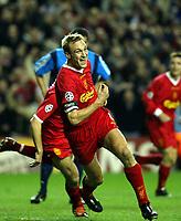 Fotball. UEFA Champions League. Kvartfinale 03.04.2002.<br /> Liverpool v Bayer Leverkusen.<br /> Sami Hyypiä / Hyypia, Liverpool.<br /> Foto: David Rawcliffe, Digitalsport