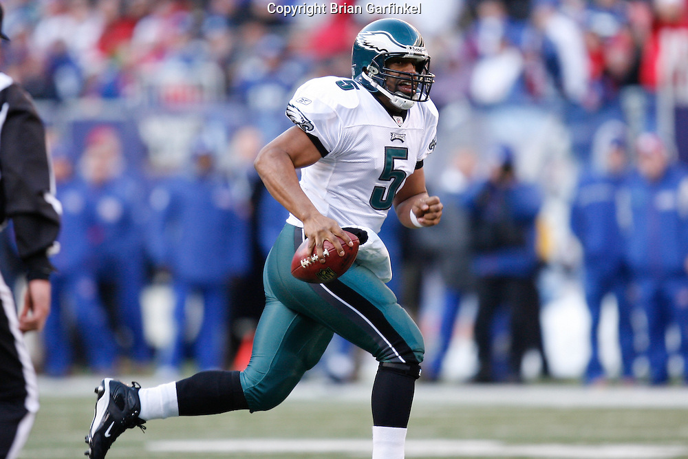 11 Jan 2009: Philadelphia Eagles quarterback Donovan McNabb #5 runs the ball during the game against the New York Giants on January 11th, 2009.  The  Eagles won 23-11 at Giants Stadium in East Rutherford, New Jersey.