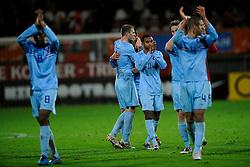 17-11-2009 VOETBAL: JONG ORANJE - JONG SPANJE: ROTTERDAM<br /> Nederland wint met 2-1 van Spanje / Nederland bedankt het publiek Josha John<br /> ©2009-WWW.FOTOHOOGENDOORN.NL