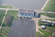 Luchtfoto van Stavoren met het J.L. Hooglandgemaal