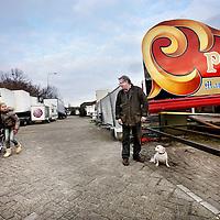 Nederland, Amsterdam , 17 februari 2014.<br /> Ondernemer Martinus Beekvelt en bewoner van  het Kermisexploitantenterrein (KET-terrein) vlakbij het Foodcenter (Centrale Markthallen)<br /> Woonwagen moeten wijken met het verdwijnen van de Markthallen en de komst van Food Center Amsterdam.<br /> Foto:Jean-Pierre Jans