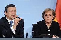 09 JAN 2007, BERLIN/GERMANY:<br /> Dr. Jose Manuel Barroso (L), Praesident der Europaeischen Kommission, und Angela Merkel (R), CDU, Bundeskanzlerin, waehrend einer Pressekonferenz, nach der gemeinsamen Kabinettsitzung des Bundeskabinetts und der Kommission der Europaeischen Kommission, Bundeskanzleramt<br /> IMAGE: 20070109-02-052<br /> KEYWORDS: Dr. José Manuel Barroso