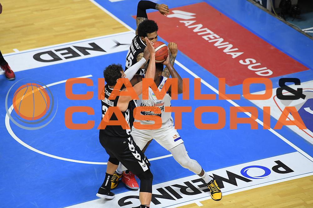 Belinelli Marco , Perkins Nick<br /> Happy Casa Brindisi - Segafredo Virtus Bologna<br /> Semifinali - Gara 2<br /> Legabasket Serie A UnipolSAI 2020/2021<br /> Brindisi, 25/05/2021<br /> Foto GiulioCiamillo/ Ciamillo-Castoria