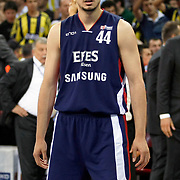Efes Pilsen's Ali ISIK during their Turkish Basketball league Play Off Final Sixth Leg match Fenerbahce Ulker between Efes Pilsen at the Abdi Ipekci Arena in Istanbul Turkey on Wednesday 02 June 2010. Photo by Aykut AKICI/TURKPIX