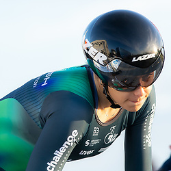 11-03-2021: Wielrennen: Healthy Ageing Tour: Lauwersoog. <br />Daniek Hengeveld