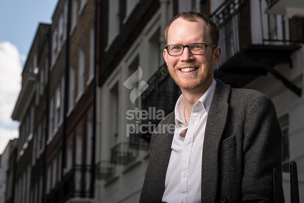 Henry de Zoete co founder of ThisIsTheBigDeal.com pictured in west London. <br /> Picture by Daniel Hambury/Stella Pictures Ltd +44 7813 022858<br /> 08/04/2014