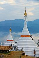 Thailande, Mae Hong Son, Wat Phra That Doi Kong Mu // Thailand, Mae Hong Son, Wat Phra That Doi Kong Mu