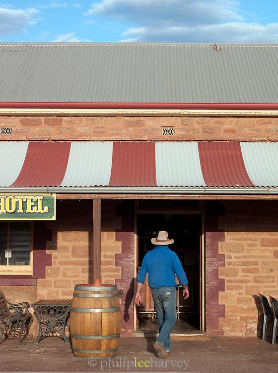 Prairie Hotel near Wilpena Pound, Flinders Ranges, South Australia, Australia