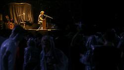 """Duca Leindecker faz show de abertura da turnê """"Not dead yet"""" de Phil Collins, no Estádio Beira Rio, em Porto Alegre/RS. FOTO: Marcos Nagelstein/Agência Preview"""
