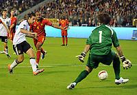 Fotball<br /> Belgia v Tyskland<br /> 03.09.2010<br /> Foto: Witters/Digitalsport<br /> NORWAY ONLY<br /> <br /> Tor 0:1 Miroslav Klose (Deutschland) gegen Torwart Logan Bailly<br /> EM-Qualifikation Belgien - Deutschland