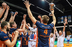 12-05-2019 NED: Abiant Lycurgus - Achterhoek Orion, Groningen<br /> Final Round 5 of 5 Eredivisie volleyball, Orion wins Dutch title after thriller against Lycurgus 3-2 / Joris Marcelis #4 of Orion, Pim Kamps #7 of Orion, Rob Jorna #10 of Orion, Peter Ogink #6 of Orion