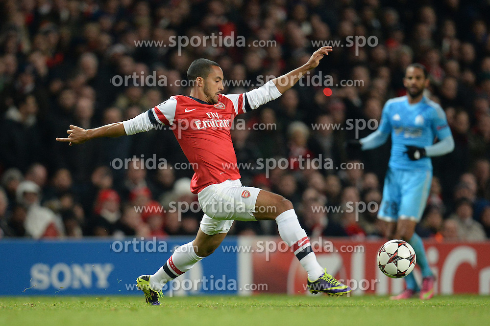 26.11.2013, The Emirates Stadium, London, ENG, UEFA CL, FC Arsenal vs Olympique Marseille, Gruppe F, im Bild Arsenal's Theo Walcott // Arsenal's Theo Walcott during UEFA Champions League group F match between FC Arsenal and Olympique Marseille at the The Emirates Stadium in London, Great Britain on 2013/11/26. EXPA Pictures © 2013, PhotoCredit: EXPA/ Mitchell Gunn<br /> <br /> *****ATTENTION - OUT of GBR*****