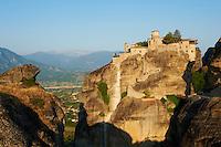 Grèce, Thessalie, Monastères des Météores, classés Patrimoine Mondial de l'UNESCO, monastere de Varlaam // Greece, Thessaly, Meteora, Uesco World Hertitage, Varlaam monastery