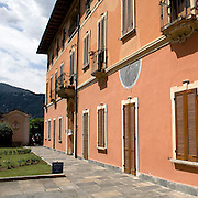 Cortile del municipio di Orta..Courtyard of Orta city hall
