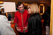 TOM SYKES; ANNA WINTOUR, PARTY FOR BLOW BY BLOW BY DETMAR BLOW AND TOM SYKES. ANNABEL'S. BERKELEY SQ. LONDON. 21 SEPTEMBER 2010. -DO NOT ARCHIVE-© Copyright Photograph by Dafydd Jones. 248 Clapham Rd. London SW9 0PZ. Tel 0207 820 0771. www.dafjones.com.