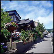 Bill's Tavern located in the town of Cannon Beach, Oregon has outdoor seating when the weather is fine.