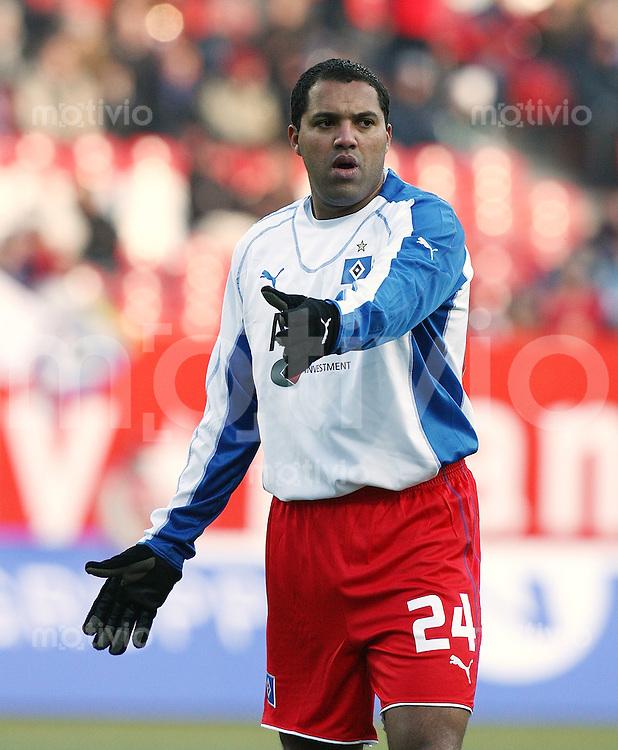 Fussball 1. Bundesliga Saison 2005/2006 18. Spieltag 1. FC Nuernberg 2-1 Hamburger SV Aliton (HSV)