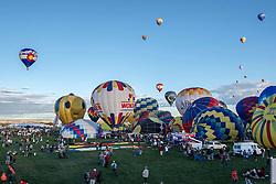 October 1, 2016 The 45th Albuquerque International Balloon Fiesta at Ballon Fiesta Park in Albuquerque, New Mexico 2016. Lou Novick/Cal Sport Media(Credit Image: © Lou Novick/Cal Sport Media)