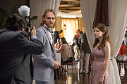 TABLE 19, L-R: WYATT RUSSELL, ANNA KENDRICK,  2017. PH: JACE DOWNS/TM & COPYRIGHT ©FOX SEARCHLIGHT PICTURES. ALL RIGHTS RESERVED.