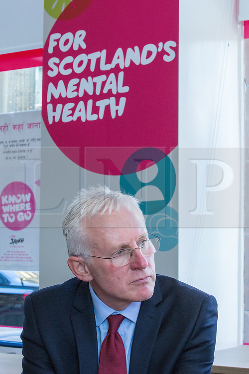 © Licensed to London News Pictures . 07/10/2014 . Glasgow , UK . EMBARGOED UNTIL 00:01 WEDNESDAY 08/10/2014 . Health Minister NORMAN LAMB visits the Scottish Association for Mental Health with Deputy Prime Minister Nick Clegg to meet with staff and service users and discuss mental health issues . The Liberal Democrat Party Conference 2014 at the Scottish Exhibition and Conference Centre in Glasgow . Photo credit : Joel Goodman/LNP