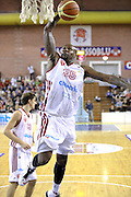 DESCRIZIONE : Milano Lega A 2013-14 Cimberio Varese vs Umana Reyer Venezia <br /> GIOCATORE : Ere Ebi<br /> CATEGORIA : Tiro<br /> SQUADRA : Cimberio Varese<br /> EVENTO : Campionato Lega A 2013-2014<br /> GARA : Cimberio Varese vs Umana Reyer Venezia<br /> DATA : 27/10/2013<br /> SPORT : Pallacanestro <br /> AUTORE : Agenzia Ciamillo-Castoria/I.Mancini<br /> Galleria : Lega Basket A 2013-2014  <br /> Fotonotizia : Milano Lega A 2013-14 EA7 Cimberio Varese vs Umana Reyer Venezia<br /> Predefinita :