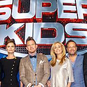 NLD/Hilversum/20150420 - Persviewing Superkids, Dinand Woesthoff, Angela Schijf, Johnny de Mol, Wendy van Dijk, Carlo boszhard en Tijl Beckand