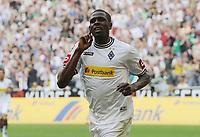Fotball<br /> Tyskland<br /> 23.04.2011<br /> Foto: Witters/Digitalsport<br /> NORWAY ONLY<br /> <br /> 1:0 Jubel Torschuetze Mohamadou Idrissou (Gladbach)<br /> <br /> Bundesliga, Borussia Mönchengladbach - Borussia Dortmund
