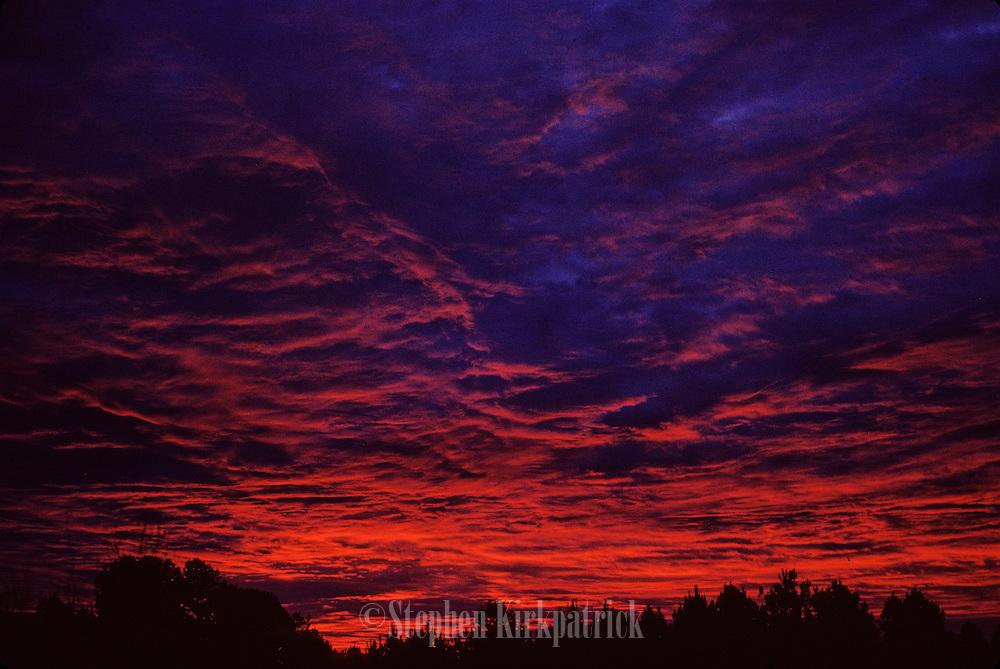 Red sky at morning - Mississippi.