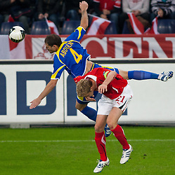 07.09.2010, Red Bull Arena, Salzburg, AUT, UEFA 2012 Qualifier, Austria vs Kazakhstan, im Bild Kopfball Renat Abdulin (FC Tobol Kostanay, Kazakhstan, #4) vs Marc Janko (FC Twente, Austria, #21), EXPA Pictures © 2010, PhotoCredit: EXPA/ G. Groder / SPORTIDA PHOTO AGENCY