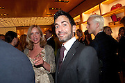 MARK JACOBS, Louis Vuitton openingof New Bond Street Maison. London. 25 May 2010. -DO NOT ARCHIVE-© Copyright Photograph by Dafydd Jones. 248 Clapham Rd. London SW9 0PZ. Tel 0207 820 0771. www.dafjones.com.