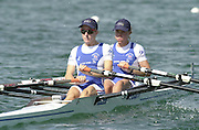 Munich, GERMANY 2001 FISA World cup Regatta. GBR LW2X Jane Hall (Right)  and  Helen Casey, GBR women's lightweight double scull racing in the repechage. [Mandatory Credit Peter Spurrier Intersport Images] 20010714 FISA World Cup. Munich, GERMANY
