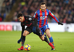 Arsenal's Alexis Sanchez (left) and Crystal Palace's Yohan Cabaye battle for the ball during the Premier League match at Selhurst Park, London, Thursday 28th December 2017
