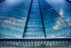 A nova sede da Petrobrás é o maior edifício comercial da América Latina. Com 115 mil metros quadrados de área construída, divididos em quatro torres, no centro do Rio de Janeiro ele está localizado a 350 metros da matriz, na rua Chile. FOTO: Jefferson Bernardes/Preview.com