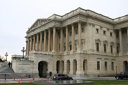 THEMENBILD - Das Kapitol ist der Sitz des Kongresses, der Legislative (Gesetzgebung) der Vereinigten Staaten von Amerika, in Washington, D.C. In ihm finden Sitzungen des Senats (Senate) und des Repräsentantenhauses (House of Representatives) statt. Neben den Parlamentskammern beherbergt das klassizistische Bauwerk zahlreiche Kunstwerke zur Geschichte der USA. Es ist mit drei bis fünf Millionen Besuchern im Jahr eines der populärsten Tourismusziele des Landes. Reisebericht, aufgenommen am 12. Jannuar 2016 in Washington D.C. // The United States Capitol, often called Capitol Hill, is the seat of the United States Congress, the legislative branch of the U.S. federal government. It sits atop Capitol Hill, at the eastern end of the National Mall in Washington, D.C. Though not at the geographic center of the Federal District, the Capitol forms the origin point for the District's street-numbering system and the District's four quadrants. Travelogue, Recorded January 12, 2016 in Washington DC. EXPA Pictures © 2016, PhotoCredit: EXPA/ Eibner-Pressefoto/ Hundt<br /> <br /> *****ATTENTION - OUT of GER*****