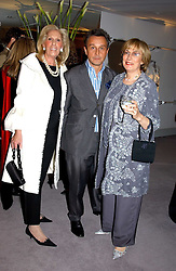 Left to right, CYNTHIA FRANK, TOMASZ STARZEWSKI and NINA CAMPBELL  at a party hosted American House and Garden magazine with Tomasz Starzewski and Nina Campbell to celebrate the British Issue of the magazine, held at 14 Stanhope Mews West, London SW7 on 13th March 2005.<br />