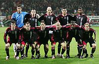 Fotball<br /> 14.02.2007<br /> Foto: Witters/Digitalsport<br /> NORWAY ONLY<br /> <br /> Fussballteam Ajax Amsterdam<br /> hinten v.l. Maarten Stekelenburg, John Heitinga, Jaap Stam, Hedwiges Maduro, Ryan Babel<br /> vorn v.l. Roger Garcia, Wesley Sneijder, Olaf Lindenbergh, Gabri, Donald Mitchell, Tom de Mul<br /> Fussball UEFA-Cup Hinspiel SV Werder Bremen - Ajax Amsterdam 3:0<br /> Lagbilde Ajax