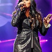 NLD/Amsterdam/20160217 - Holland zingt Hazes 2016, Roxanne Hazes