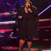 NLD/Hilversum/20131107- The Voice of Holland 1e live uitzending, optreden Shirma Rouse