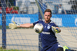 24.04.2014, Veltins Arena, Gelsenkirchen, GER, 1. FBL, Training Schalke 04, im Bild Torhueter Ralf Faehrmann ( Schalke 04 ) // during a Trainingsession of German Bundesliga Club Schalke 04 at the Veltins Arena in Gelsenkirchen, Germany on 2014/04/24. EXPA Pictures © 2014, PhotoCredit: EXPA/ Eibner-Pressefoto/ Thienel<br /> <br /> *****ATTENTION - OUT of GER*****