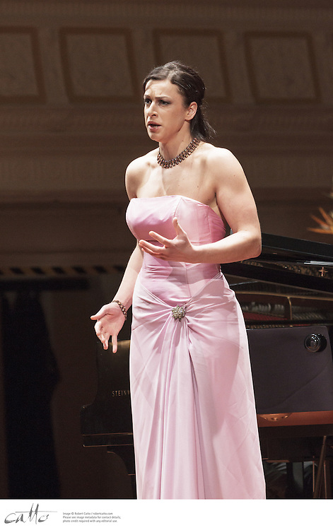 Madeleine Pierard (soprano) gave a recital of works by Berg, Messiaen, Canteloube, Bellini and Rossini, and the world premiere of a work by Ross Harris, with accompanist Terence Dennis at the Wellington Town Hall, New Zealand.  The performance was part of a Chamber Music New Zealand national tour.
