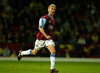 Photograph: Scott Heavey.<br />Watford v Burnley. Nationwide Division 1. 30/09/2003.<br />Luke Chadwick celebrates scoring Burnley's equaliser.