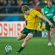 James O' Connor, Australia, kicks the winning penalty during the South Africa V Australia Quarter Final match at the IRB Rugby World Cup tournament. Wellington Regional Stadium, Wellington, New Zealand, 9th October 2011. Photo Tim Clayton...