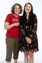 Laura Meyers (L) and Wenpei Song at the Intercambio portrait Shoot. Longmont, CO, USA. June 6, 2021. Photography ©2021 Michael Lichter. Usage rights granted to Intercambio Uniting Communities and its assigns.