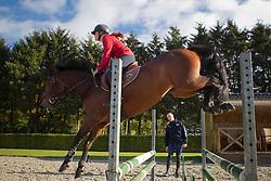 Trainer pupil : Leon Thijssen - Roosje …<br /> Stal Thijssen - Baarlo 2011<br /> © Dirk CaremansTrainer pupil : Leon Thijssen - Robin …<br /> Stal Thijssen - Baarlo 2011<br /> © Dirk Caremans