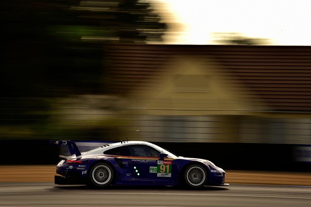 #91 Porsche GT Team Porsche 911 RSR: Richard Lietz, Gianmaria Bruni, Frédéric Makowiecki<br /> Wednesday 13 June 2018<br /> 24 Hours of Le Mans<br /> 2018 24 Hours of Le Mans<br /> Circuit de la Sarthe  FR<br /> World Copyright: Scott R LePage