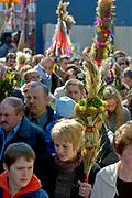 Lipnica Murowana, 2006-04-09. Pielgrzymi w czasie Niedzieli Palmowej, Lipnica Murowana