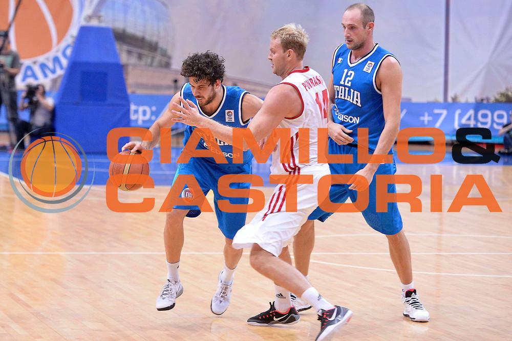 DESCRIZIONE : Mosca Moscow Qualificazione Eurobasket 2015 Qualifying Round Eurobasket 2015 Russia Italia Russia Italy<br /> GIOCATORE : Luca Vitali Marco Cusin<br /> CATEGORIA : Palleggio Blocco<br /> EVENTO : Mosca Moscow Qualificazione Eurobasket 2015 Qualifying Round Eurobasket 2015 Russia Italia Russia Italy<br /> GARA : Russia Italia Russia Italy<br /> DATA : 13/08/2014<br /> SPORT : Pallacanestro<br /> AUTORE : Agenzia Ciamillo-Castoria/GiulioCiamillo<br /> Galleria: Fip Nazionali 2014<br /> Fotonotizia: Mosca Moscow Qualificazione Eurobasket 2015 Qualifying Round Eurobasket 2015 Russia Italia Russia Italy<br /> Predefinita :